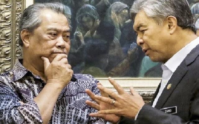 39 MP Umno tarik diri, Muhyiddin kini cuma ada 74 MP